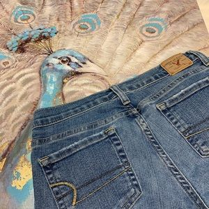 American Eagle Regular Stretch Jeans Size 4